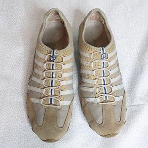 Skechers no tie walking shoe sneakers sz 10